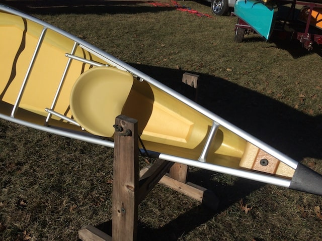 Wenonah Escapade - Kevlar Flex Core, Green, Silver Trim, Bucket Seats,  Sliding Bow Seat - Blem