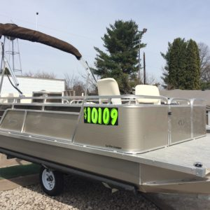 Paddle King – 2019 Lo Pro Cruiser Pontoon & Custom Trailer Package